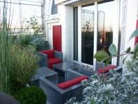 Aménagement terrasse avec mobilier outdoor contemporain