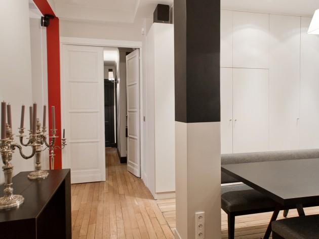 Autre vue de l'espace de passage vers le couloir et les chambres