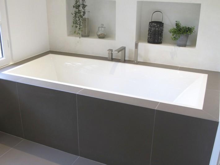 Belle Salle de douche à l'italienne - Inside Création - Baignoire XX-88