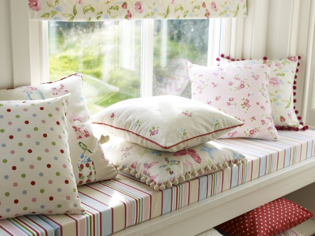 textiles butterfly gardens prestigious textiles. Black Bedroom Furniture Sets. Home Design Ideas