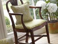 Chaise avec assise recouverte du tissu Mezzo