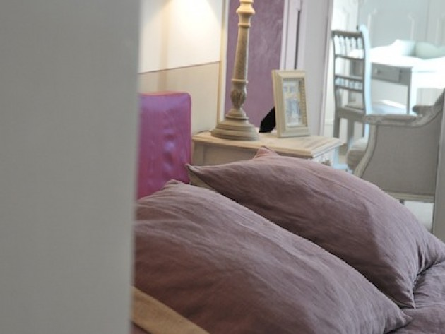 Great chambre couleur parme chambre parme with couleur parme chambre for Chambre couleur parme
