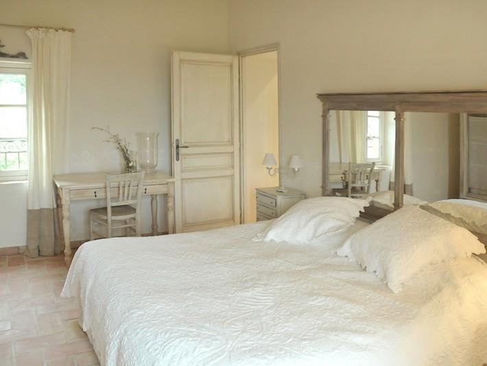 Décoration Ferme de Cabassude - Villa Medicis - Chambre à coucher ...