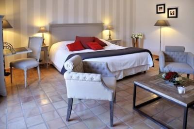 D coration relais et ch teaux de berne villa medicis - Decoration epuree salon ...