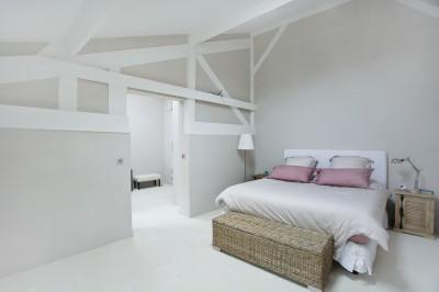 Idee deco chambre photo chambre page 13 id - Chambre blanche et bois ...