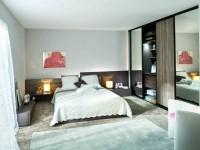 Chambre classique avec armoire dressing