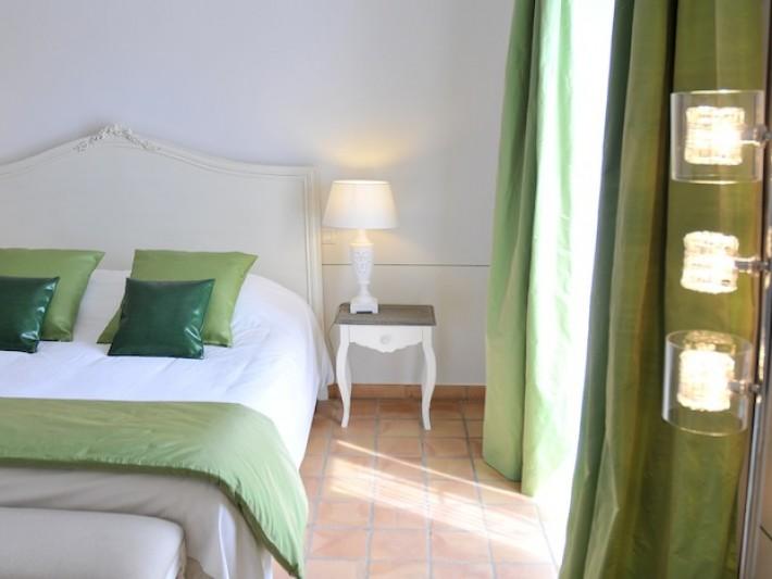 Chambre classique couleur fenouil