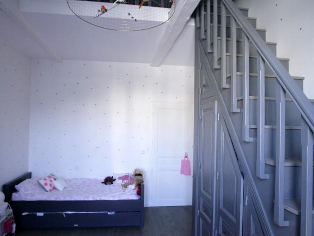 Chambre de petite fille avec lit une place