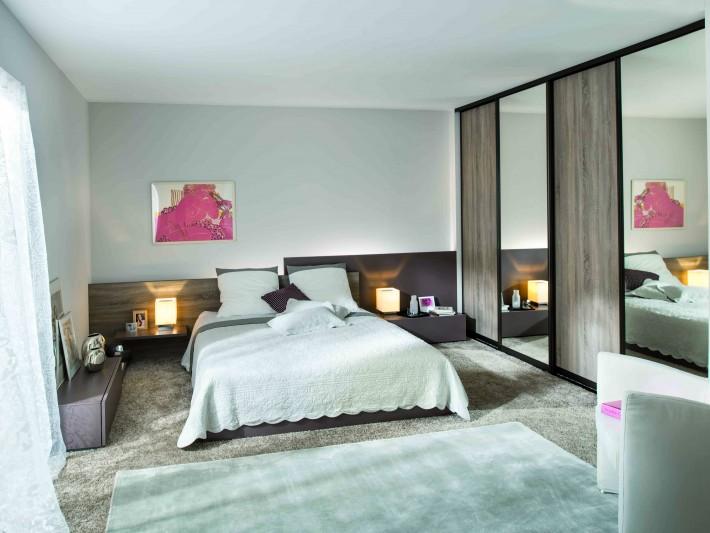 Rangement chambre - Schmidt - Chambre lumineuse avec moquette beige ...
