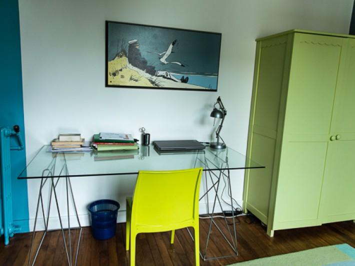 Chambre pour un adolescent : coin bureau