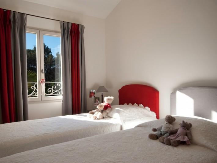 Chambres d'enfants avec lit jumeaux