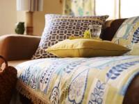 Coussins décoratifs unis et à motifs batiks
