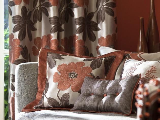 Coussins motifs floraux