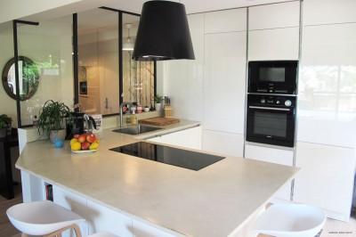 Idee deco cuisine photo cuisine page 7 id - Cuisine ouverte avec verriere ...