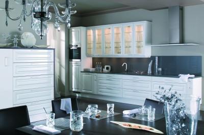 D coration cuisine classique blanc for Deco cuisine classique