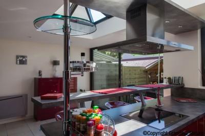 Veranda piece a vivre grandeur nature id - Cuisine dans veranda photo ...