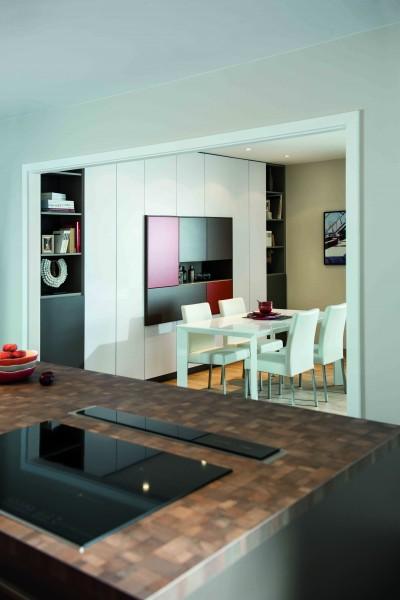 Cuisine moderne avec ouverture sur salle à manger
