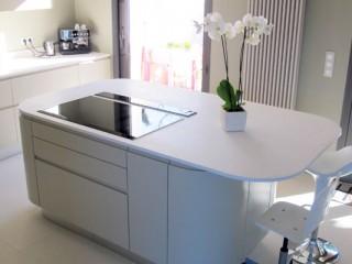 nettoyer une hotte de cuisine un filtre graisse et un filtre charbon equipements. Black Bedroom Furniture Sets. Home Design Ideas