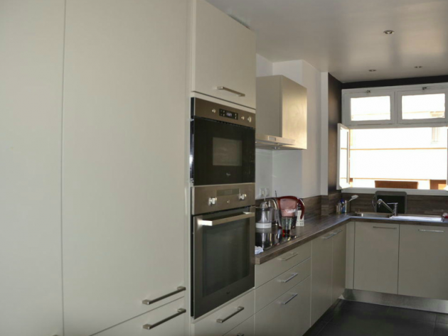 r novation appartement les cr atives paris cuisine id. Black Bedroom Furniture Sets. Home Design Ideas