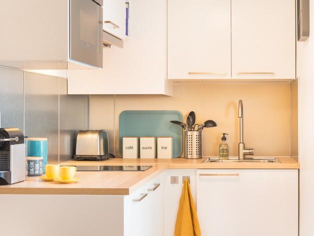 Studio 25m2 montmartre cuisine id for Cuisine 25m2