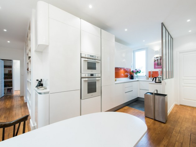 idee cuisine en u petite cuisine en u with clectique cuisine un lot de cuisine avec un espace. Black Bedroom Furniture Sets. Home Design Ideas