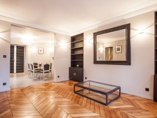 r novation parisienne id. Black Bedroom Furniture Sets. Home Design Ideas