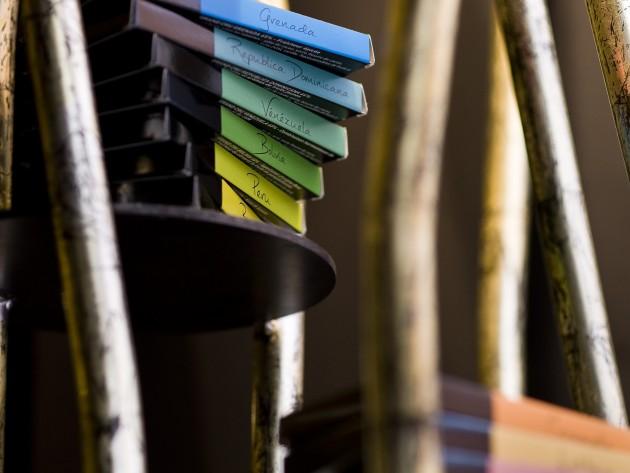 Différentes tablettes de chocolat colorées