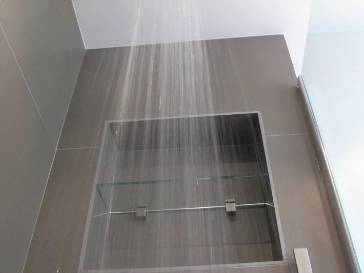 salle de douche l 39 italienne inside cr ation douche italienne design id. Black Bedroom Furniture Sets. Home Design Ideas