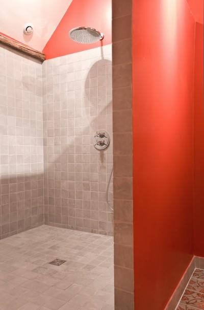 salle de bains grise photo salle de bains grise page 8 id. Black Bedroom Furniture Sets. Home Design Ideas