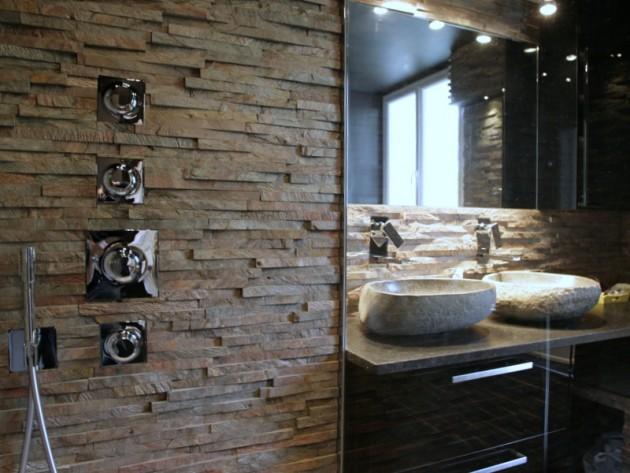 Douche en pierres naturelles
