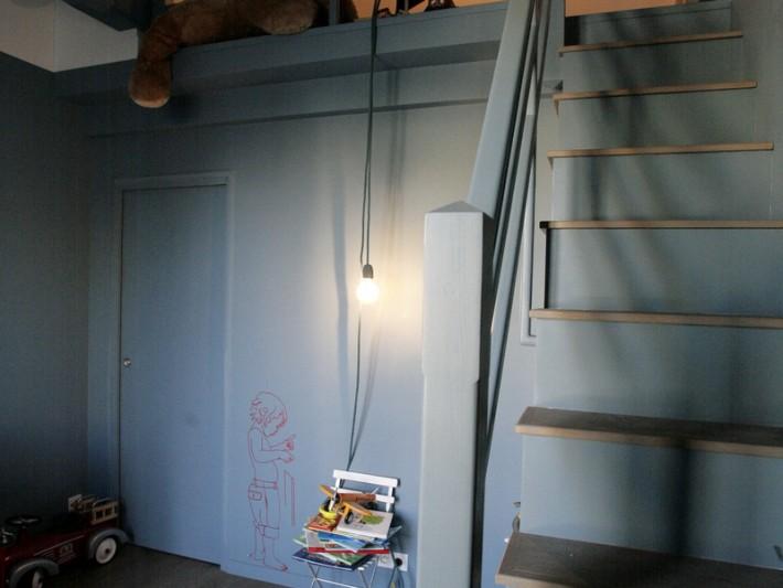 Escalier allant vers la salle de jeux