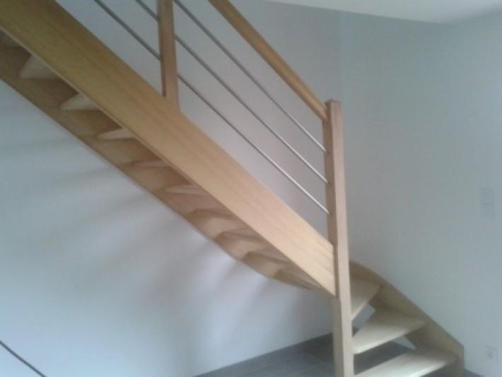 Escalier de fabrication artisanale dans l entrée