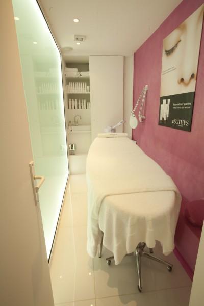 agencement institut de beaut before beauty bar galaktik id. Black Bedroom Furniture Sets. Home Design Ideas