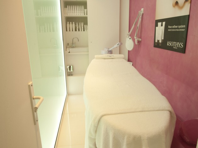 agencement institut de beaut before beauty bar galaktik. Black Bedroom Furniture Sets. Home Design Ideas