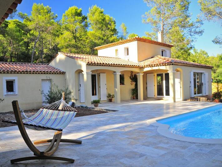 Hamac terrasse d'une maison individuelle