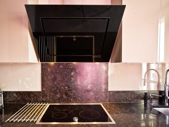 d coration baroque ouest home hotte aspirante de cuisine design id. Black Bedroom Furniture Sets. Home Design Ideas