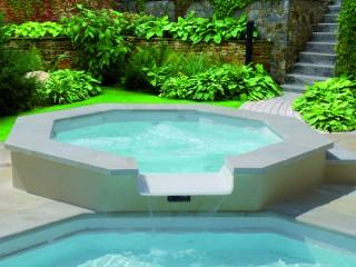 Jacuzzi et piscine Iris