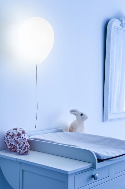 La chambre de bébé, la nuit