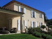 Maison individuelle avec terrasse design