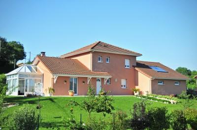 Ext rieur classique ocre photo id - Maison avec veranda integree ...