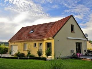 Maison traditionnelle avec terrasse