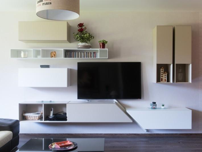 cuisine en u ouverte sur un grand salon meuble tv composition mural id. Black Bedroom Furniture Sets. Home Design Ideas