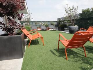 Mobilier design Fermob de couleur orange