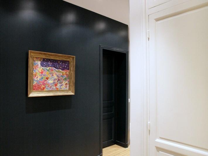 r novation classique ouest home mur peinture bleu marine id. Black Bedroom Furniture Sets. Home Design Ideas