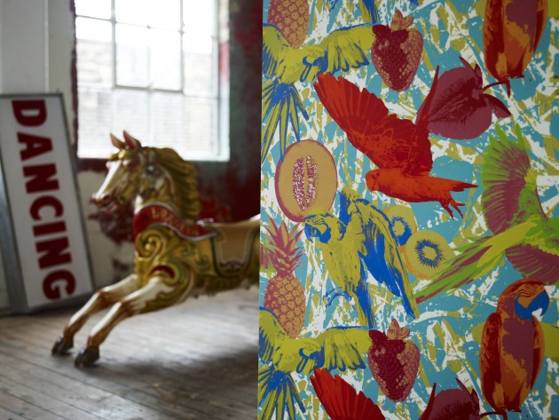 Papier peint décoratif colorée et à motifs