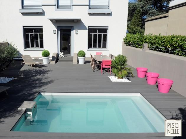 Piscine petit espace piscinelle piscine de jardin - Piscine sur petit terrain ...