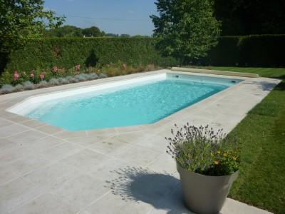 Photos sur le th me terrasse en carrelage - Amenagement terrasse piscine exterieure ...