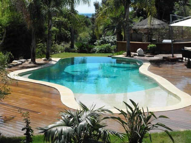 Piscines formes libres diffazur piscine forme for Piscine forme libre
