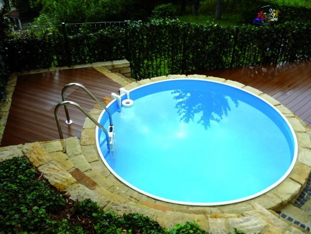 > Écologique > Aménagement terrasse bois  Resysta > Piscine ronde