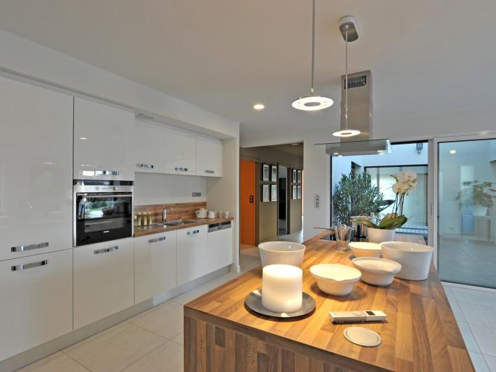 Conception maison individuelle maisons france confort - Plan de maison avec cuisine ouverte ...
